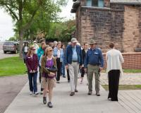 Summit Avenue tour by Walnut Street Steps
