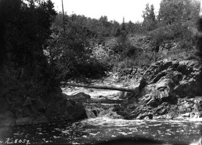 Split Rock River (1950)