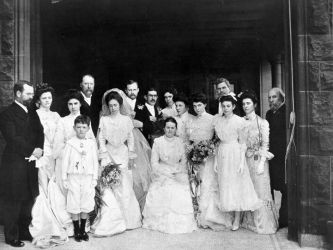 Hill family at Charlotte Hill-George Slade wedding, 1901